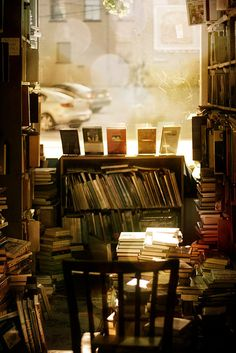 So many hours spent in bookstores, this pic makes me want a cup of coffee and a big fat book *smitten*