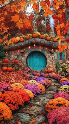Fall Pictures, Nature Pictures, Vermont, Cabin In The Woods, Autumn Scenery, Autumn Aesthetic, Jolie Photo, The Hobbit, Hobbit Hole