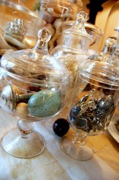 What to put in an apothecary jar