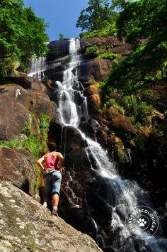 A cachoeira do Veloso (Ilhabela/Brasil)- Foto: Márcio Bortolusso