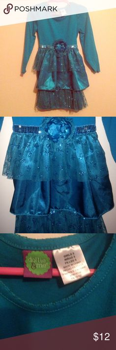 HOLIDAY DRESS 🎁 Size 5T Dollie & Me Fancy XMas Beautiful blue dress with flower detail and tie back waist. Size 5T. Perfect for the holidays! 🎄🎁 Dollie & Me Dresses Formal