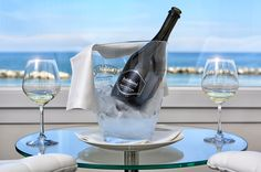 Diamante Bianco #White #Sparkling #Wine #diamont #luxury #seaview #BaldininiHotel #gift #present