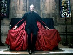 Promo photo of Christopher Lee from Dracula A. Hammer Horror Films, Hammer Films, Scary Movies, Horror Movies, Horror Pics, Christopher Lee, Dracula Costume, Vampire Dracula, Vampire Stories