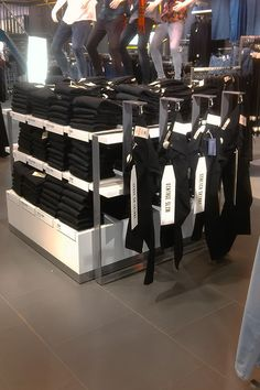 Latest work for 214 Topman Flagship Store on Oxford Street. A bespoke and inventive Denim Table. Made by our in-house design department from sleek folded steel, wooden plinths and the use of carabiner clips to help merchandise the different denim styles.