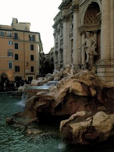 Trevi Fountain, Rome, Italy (by Marianne)
