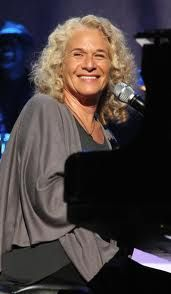 Carole King: Natural Woman – Library of Congress Gershwin Prize 2013 Age 71 Music Icon, My Music, Musica Country, Carole King, Ageless Beauty, Natural Women, Fashion Mode, Aging Gracefully, Female Singers