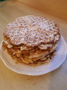 gyerekkorunk-nagy-kedvence-gofri Waffles, Pancakes, Apple Pie, Muffin, Food And Drink, Baking, Recipes, Drinks, Drinking