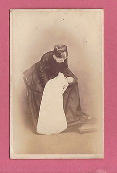 1860s Cdv Carte De Visite Of A Mother And Her Dead Child Post Mortem Death