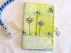 Daisy Needlebook Watercolor Fabric Bees