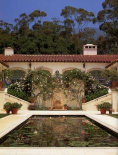 Mediterranean homes – Mediterranean Home Decor Tuscan Style Homes, Spanish Style Homes, Spanish House, Spanish Colonial, Spanish Design, Spanish Revival, Pond Design, Garden Design, Hacienda Style
