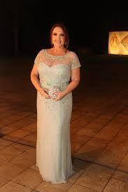 Resultado de imagem para vestidos para a mae da noiva gorda