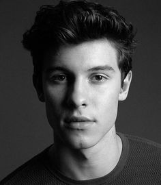 Shawn is perfect ! ❤❤❤
