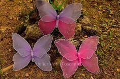 Lindas borboletas feita em meia de seda para todos os tipos de decoração! Parede,arvores francesas, festa,painel etc... Vários tamanhos e cores. www.atelierveratoscanini.com.br