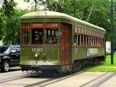St. Charles Streetcar - © Jo Jakeman, Creative Commons via Flickr