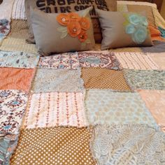 {WEDDING QUILTS //GUESTBOOK QUILTS} & coordinating {BLooM Pillows} are some of my favorite things to create!!  http://www.NorthernCottage.etsy.com