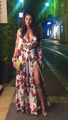 dress floral maxi dress slit dress - Dresses Are My Life! Maxi Dress With Slit, Floral Maxi Dress, The Dress, Cute Dresses, Beautiful Dresses, Casual Dresses, Holiday Dresses, Summer Dresses, Chic Outfits