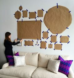 Wall Decoration Art Hanging Pictures 28 Ideas For 2019 Wall Collage, Frames On Wall, Wall Art, Apartment Walls, Gallery Wall Layout, Art Gallery, Diy Casa, Family Wall, Hanging Pictures