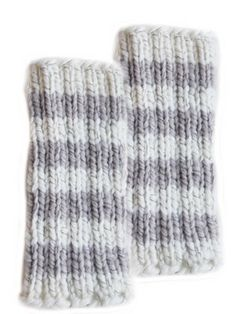 Neulotut säärystimet Novita Heijastus Leg Warmers, Gloves, Tricot, Socks, Tights, Leg Warmers Outfit