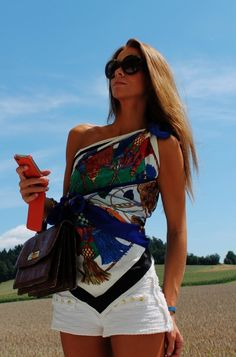 Feeling creative? Wear your silk scarf as a colourful top to accompany the summer hot-pants. It is hot hot hot in London and so we are off to the beach. Happy Sunday!