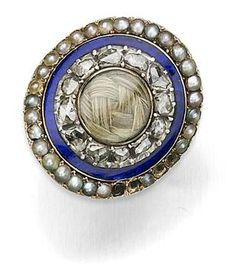 An early c. mourning ring with enamel, diamonds, pearls & hair Source by Hair Jewelry, Jewelry Rings, Jewelery, Jewelry Ideas, Mourning Ring, Mourning Jewelry, Pearl Hair, Pearl Ring, Art Nouveau