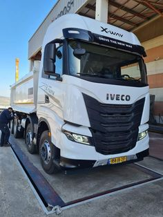 New Trucks, Vehicles, Wrapping, In Love, Trucks, Car, Gift Packaging, Vehicle, Packaging