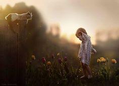 Hoy el post va de personas inspiradoras, como Elena Shumilova , una mamá y fotógrafa rusa que hace unas fotos de niños y bebés  llenas... #fotos #fotografias #niños #kids #photo #photos #photography  #photooftheday