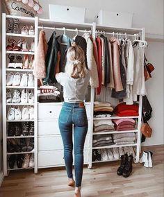 Best Closet Organization, Wardrobe Organisation, Organization Ideas, Storage Ideas, Bedroom Organization, Diy Storage, Organizing Tools, Closet Bedroom, Bedroom Storage