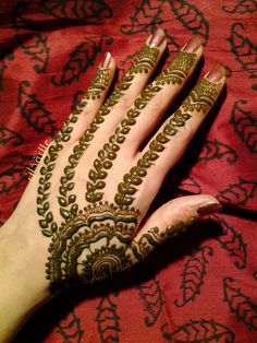 Latest Eid Mehndi Designs for Hands Feet Collection 2015-201 (4)