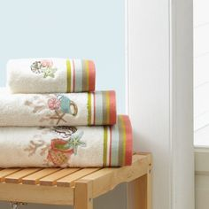 Croscill Coral Beach Towels - Decorative towels feature embroidered seashells and colorful diagonal striped trim. Seashell Bathroom Decor, Seaside Bathroom, Coral Bathroom, Bathroom Colors, Fingertip Towels, Embroidered Towels, Beach Bath, Decorative Towels, Bathroom Collections