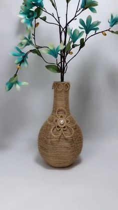 Diy Crafts For Home Decor, Diy Crafts For Gifts, Diy Arts And Crafts, Creative Crafts, Creative Project Ideas, Wall Decor Crafts, Handmade Crafts, Cardboard Crafts, Paper Crafts