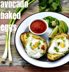 one of the easiest - and tastiest - quick breakfasts you can make! | www.thewickednoodle.com