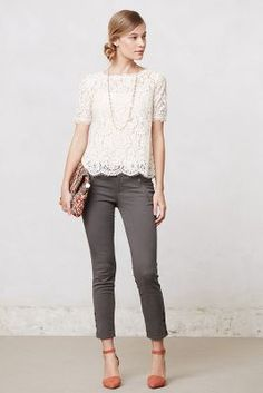 Own a similar top, but kinda want to find some gray pants to go with it now. Like the pairing with a colored shoe.