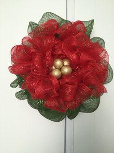 Pointsettia wreath - deco mesh