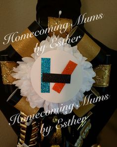 #21pilots Black and gold homecoming mum https://www.facebook.com/Homecoming-Mums-by-Esther-273602849493591/