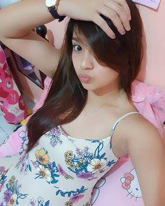 @JessyJess15 Filipina Girls, Crop Tops, Model, Fashion, Moda, Fashion Styles, Scale Model, Fashion Illustrations