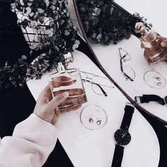 // x Cosmetics & Perfume, Makeup Cosmetics, Minimal Beauty, Bath N Body, Divine Feminine, Smell Good, Best Makeup Products, Beauty Products, Nail