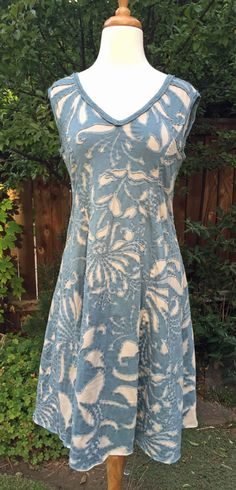 Magdalina Factory dress ~    When I saw this shawl  on the Alabama Chanin  website a while back, I was struck by the overall aesthetics: ...