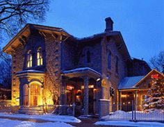 Breadalbane Inn, Fergus Spending a Saturday here with Janet...can't wait!! Irish Redhead, Places To Travel, Places To Visit, Home Pictures, Ontario, Beautiful Homes, Architecture Design, Mansions, Wellington Food
