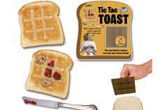 Un molde para tostadora que tuesta el pan dibujándole un ta-te-ti. ¡Ideal para hacer el desayuno de los chicos mucho más divertido!. Foto:laughingsquid.com