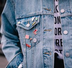 Small add-ons. Big statement. Make your denim as unique as you are by adding pins with personality to your Trucker.