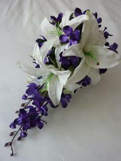 add in a few purple calla lillies.. perfect.