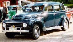 Old Vintage Cars, Antique Cars, 1950s Car, Volvo Cars, Car Storage, Automotive Design, Dream Cars, Classic Cars, Automobile