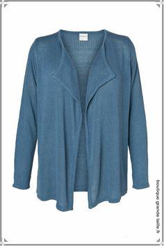 Veste longue fluide pour le printemps modèle vendu en rose et bleu.