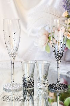 BLACK & WHITE Pearl and Crystal toasting flutes by DiAmoreDS
