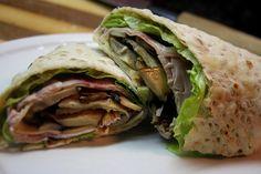 La palabra Wrap proviene del idioma inglés y significa rodear, envolver, abrigarse. Pero cuando hablamos de gastronomía, aludimos a... Potato Skins, Cheese Recipes, Burritos, Cooking Time, Health Tips, Sandwiches, Tacos, Rolls, Healthy Recipes