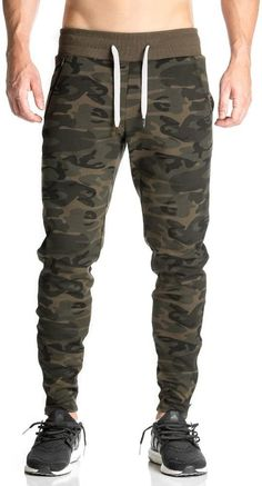 Joggers Outfit, Fashion Joggers, Stylish Men, Men Casual, Designer Jackets For Men, Kids Dress Wear, Mens Clothing Styles, Military Fashion, Jogger Pants
