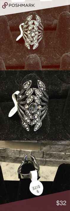 Gorgeous marcasite fashion ring.  Brand New Make a fabulous statement ! Great middle or index ring. Size 9. Only 1 in stock. Don't miss out ❤️ Jewelry Rings