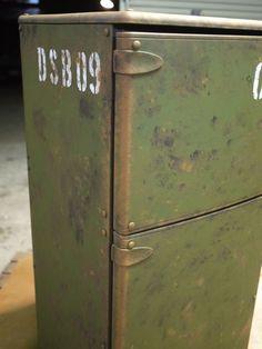 冷蔵庫 ペンキ塗り | オヤジの秘密基地 ~DAD'S SECRET ...