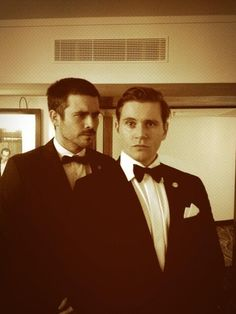 "Like, real buddies. | 29 Photos Of The Cast Of ""Downton Abbey"" Being Totally Un-Downton-Like"