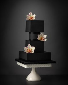 Unique Wedding Cake Trends & New Cake Designs - Luxury Wedding Cake, Black Wedding Cakes, Elegant Wedding Cakes, Elegant Cakes, Wedding Cake Designs, Camo Wedding, Wedding Black, Creative Wedding Cakes, Creative Cakes